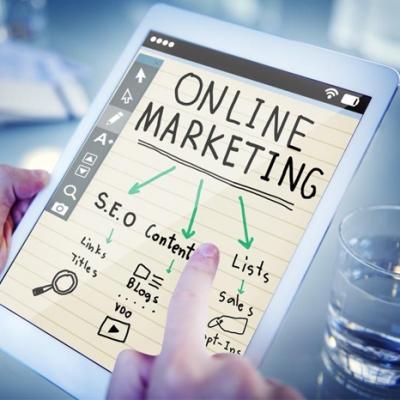 تفاوت دیجیتال مارکتینگ با بازاریابی انلاین چیست؟