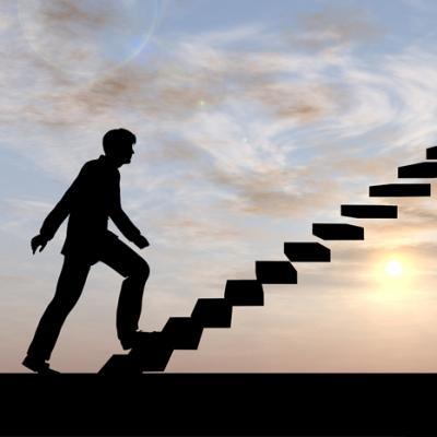 10 راهکار برای پیمودن پله های ترقی در مسیر شغلی